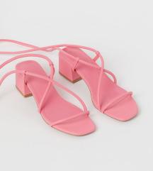 Nove sandale H&M