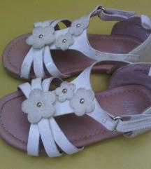 Bijele H&M sandalice za curicu UG 14cm