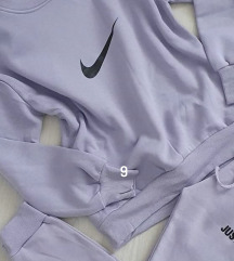 Nike zenska trenirka komplet