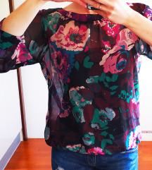 Potpuno nova cvijetna bluza