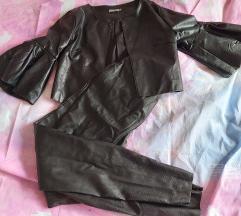 Crna kožna jakna i hlače
