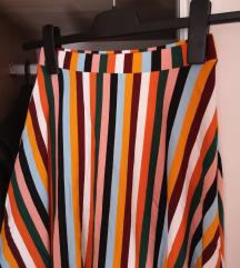 Nova bershka suknja S