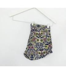 Nove floral kratke hlačice