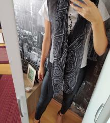 Crna marama s uzorkom