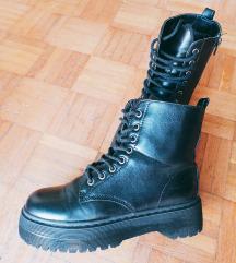 Platforma čizme crne