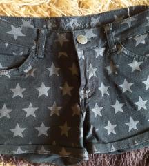 Lot kratkih hlača