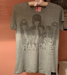 Zara siva majica tshirt s printom Ramones