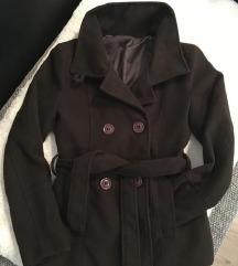 Tamnosmeđi kaput