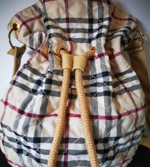 Burberry torba/ruksak - NOVO!!!