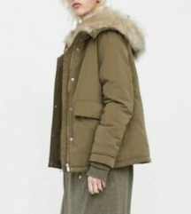 Zara zimska kratka jakna