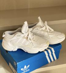 Adidas tenisice Magmur Runner