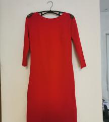 Crvena haljina dugih rukava