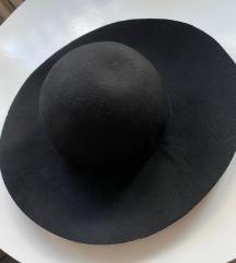 SNIŽENJE Mango šešir