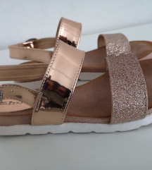 Simmy sandalice