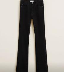 Flare crni jeans