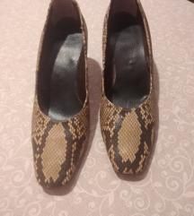 Cipele sa zmijskim uzorkom