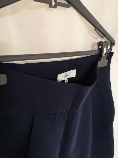 Tamno plave poslovne hlače