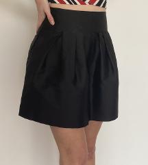 Klasicna Crna Suknja