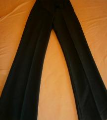 hlače na crtu