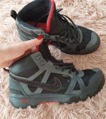 Nike Rongbuk mid Gore-tex čizme