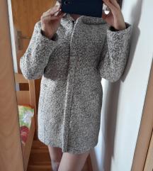 Novi kaput s etiketom 36-38,uklj,slanje