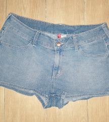 Kratke hlače H&M vel.42