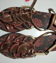 Novo!Prava koza sandale 42