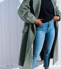 Ukljucena PT Zara limited kaput XS / M