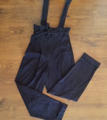 Bershka duboke hlače s mašnom