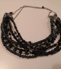 Bogata antikna ogrlica