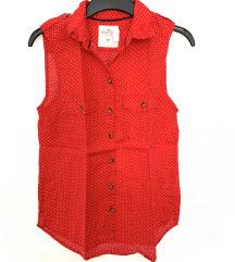 Nova crvena košulja na točkice