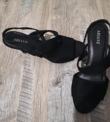 Crne sandale na petu, br. 39