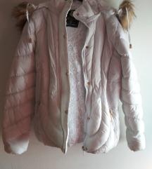 Bijela zimska jakna novo