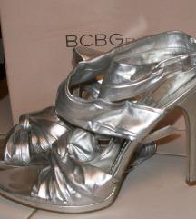 BCBGeneration by Max Azria srebrne sandale