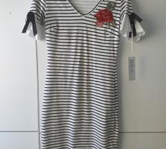 Haljina na prugice s etiketom