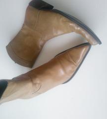 Kožne kaubojke čizme 40