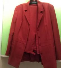 Crveni kostim