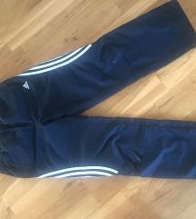 Adidas hlače 152