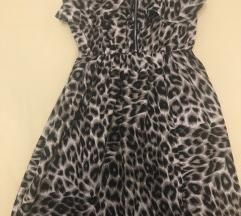Duga haljina s prorezom
