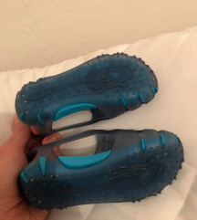 Gumene papučice za vodu
