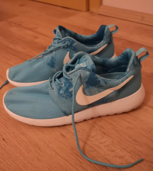 Nike roshe tenisice