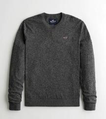 Hollister pulover! Novo!