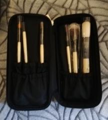 Bobbi Brown basic brush collection 🖌️POVOLJNO