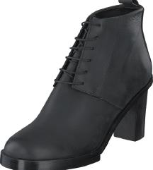 Crne švedske cipele gležnjače ručni rad