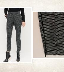 NOVO - Točkaste hlače/suits - RESERVED, vel. XS/34
