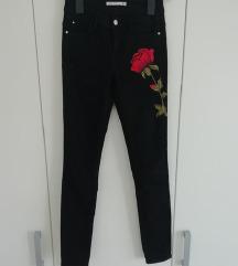 Zara crne uske hlače
