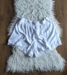 Kratke lagane hlače