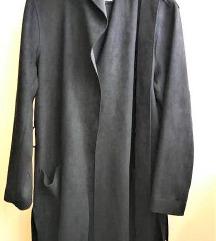 Zara crni mantil  vel.34