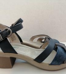 Nove Footflexx sandale