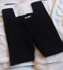 C&A crne leggings jeans, kao nove REZZ